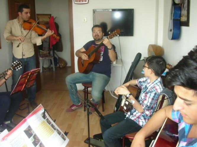Cemal Gazeloğlu Sanat Akademi - Etlik Dans Kursu