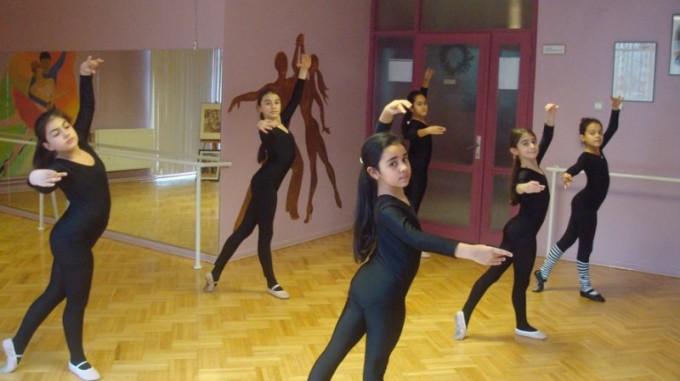 Karçiçeği Bale Ve Dans Okulu - Kızılay Dans Kursu